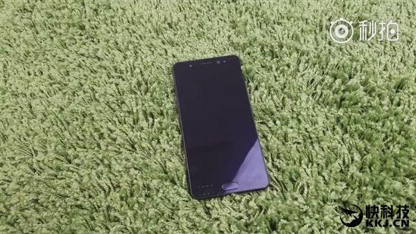 Samsung Galaxy Note 7 на базе Exynos 8890 рассекречен блогером до презентации: 135385 в AnTuTu, 2114/6213 в Geekbench, все характеристики и внешний вид флагмана – фото 1