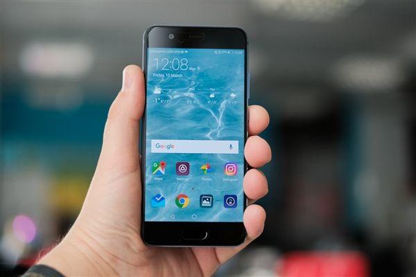 Huawei P20 Lite показали на 3D-рендере – фото 1