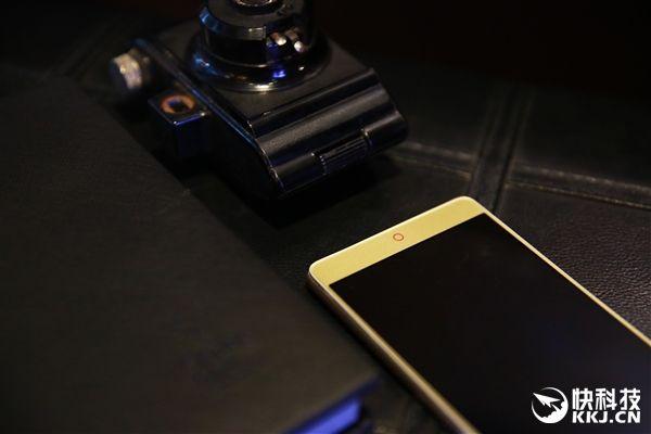 ZTE Nubia X8: планшетофон с 6,44 QHD-экраном, Snapdragon 20 и аккумулятором на 4500 мАч – фото 5