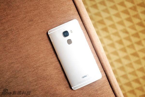 LeTV Le Max Pro и Xiaomi Mi5: слухи  о стоимости смартфонов с Snapdragon 820 – фото 1