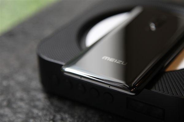 Анонс Meizu Zero: первый в мире без механических кнопок и разъемов – фото 7