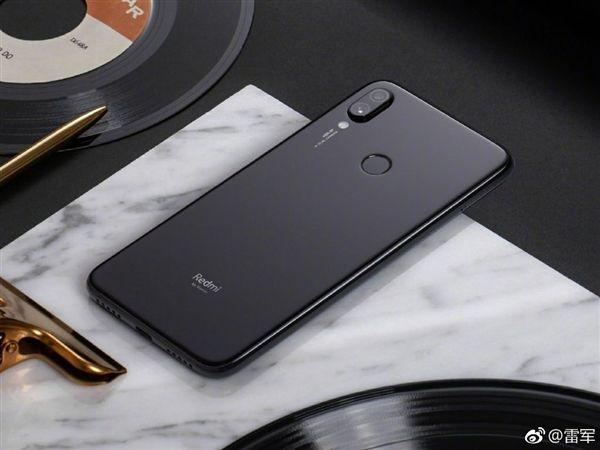 Глава Xiaomi показал первенца Redmi на фото – фото 2