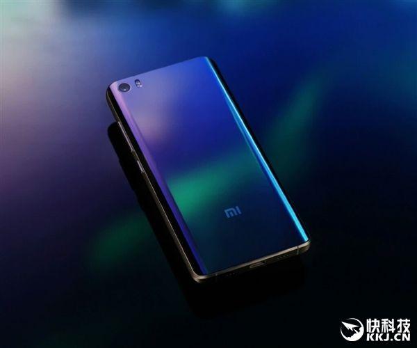 Xiaomi Mi5 с задней керамической панелью белого цвета поступит в продажу 31 мая по цене $412 – фото 1
