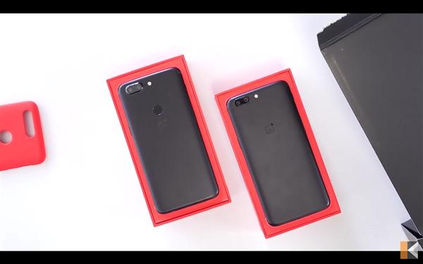 Распаковка OnePlus 5T на видео – фото 10