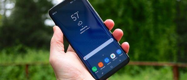 Апдейт не решил проблему красноватого оттенка дисплеев Samsung Galaxy S8 – фото 1
