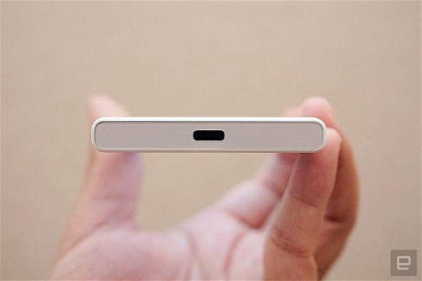 Sony Xperia X Compact: 4.6-дюймовый дисплей, Snapdragon 650 и камера на 23 Мп – фото 4