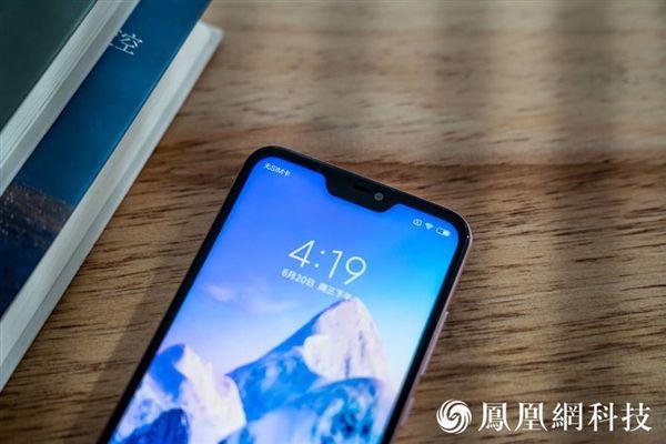 Xiaomi Redmi 6 Pro: официальные пресс-рендеры и «живые» снимки – фото 5