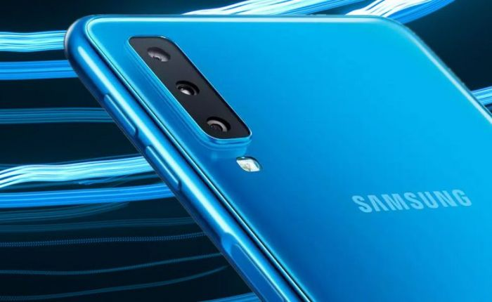 Изображения Samsung Galaxy A50: тройная камера и Infinity-O – фото 1