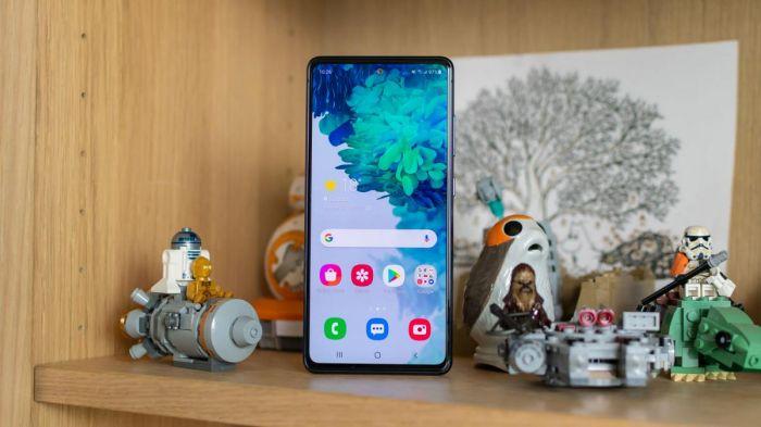 У Samsung Galaxy S20 FE выявлена первая проблема – фото 1