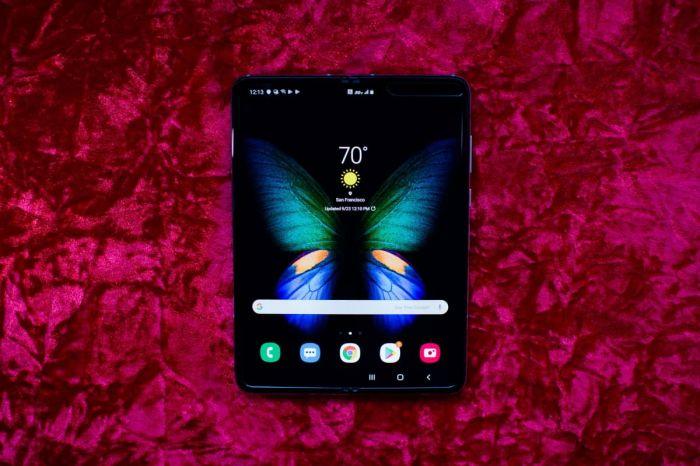 Samsung W20 5G будет гибким смартфоном и его дебют уже скоро