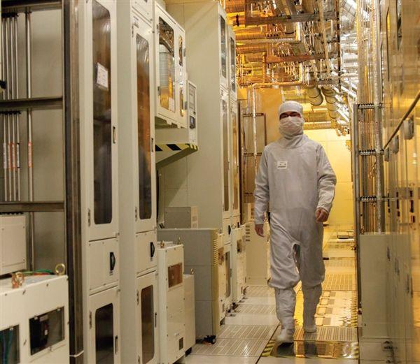 Samsung инвестирует $115 млрд в мобильные чипы – фото 2