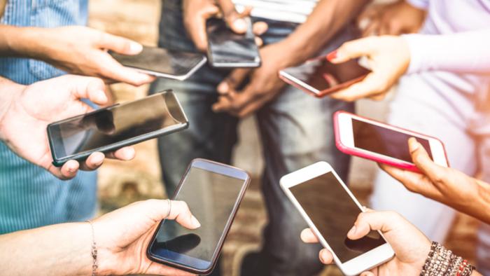 Популярность подержанных смартфонов растет – фото 1