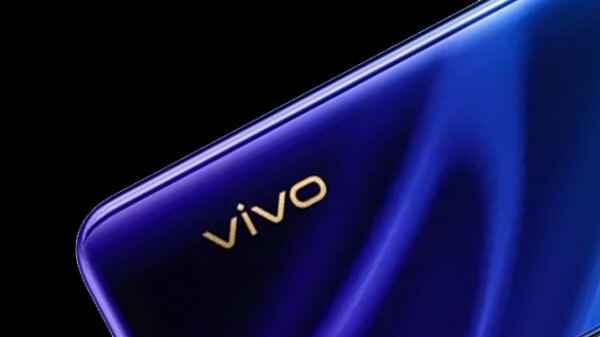 Новинка Vivo S7 станет фаворитом для любителей делать селфи – фото 2