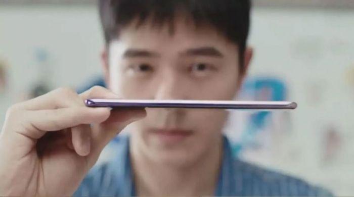 Продолжение банкета: Vivo показала свой селфи-фон Vivo S7 во всей красе на официальном изображении – фото 3