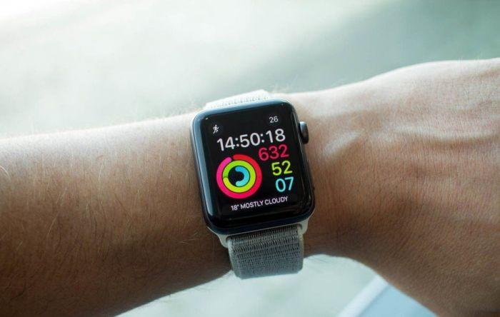 Apple Watch 3 на руке