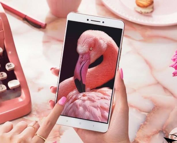 Продажи Xiaomi Mi Max достигли отметки в 1,5 миллиона устройств – фото 1