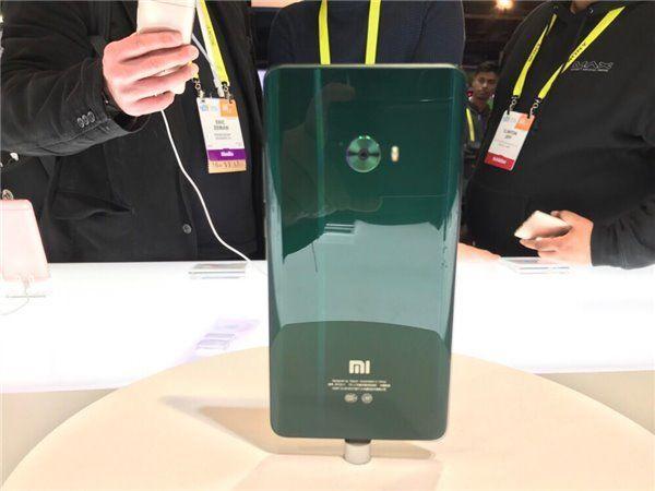 Xiaomi Mi Note 2 получил три новых цвета – фото 1