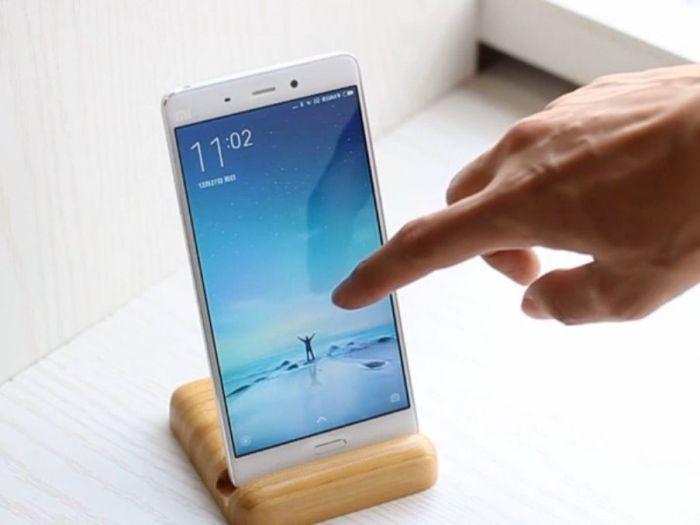 Xiaomi Mi5: видеообзор лучшего флагмана из Китая – фото 1