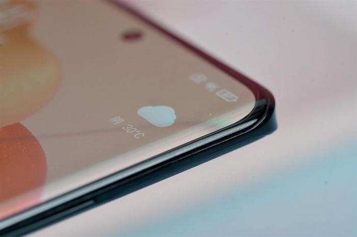 Xiaomi Civi показали во всей красе со всех сторон – фото 5