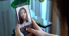 Xiaomi может скоро представить версию Mi 9 с камерой под экраном