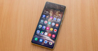 Samsung Galaxy S10 Lite начал получать обновление до Android 11