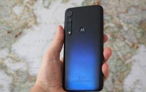 Motorola не сдается. В Сети появилось видео с еще одним смартфоном компании