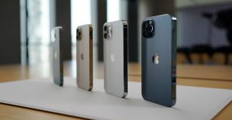 Почему Apple скрывает емкость аккумуляторов, объем оперативки и тактовую частоту процессоров?
