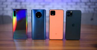 Мировые поставки смартфонов в 2020 году сократились на 8,8%, но спрос на 5G-смартфоны стремительно вырос