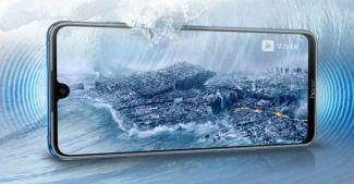 В особо крупном размере: фото Honor X10 Max