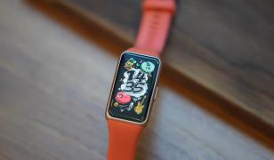 Обзор Huawei Band 6 - умный браслет, который надо брать!