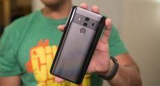 Huawei Mate 20 Pro получит изогнутую OLED-панель и ее производитель не Samsung
