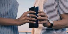 Huawei Mate 20 Pro может зарядить iPhone