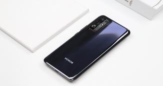 Смартфоны Honor получат HarmonyOS 2.0. Названы претенденты на новую операционку