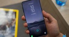 Samsung Galaxy S10+ показали на «живом» фото