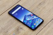 Хотите Xiaomi Mi 9 с более емким аккумулятором? Китайский ритейлер готов помочь