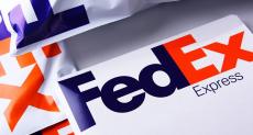 FedEx отказывается доставлять смартфоны Huawei