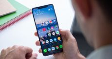 Huawei Mate 20 Pro выбыл из числа участников программы Android Q Beta