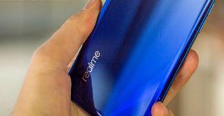 И Realme туда же: готовит мобильник с подэкранной камерой