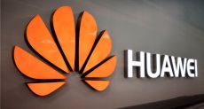 Huawei очистила экран блокировки от рекламы