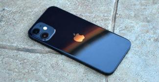 Кризиса нет? Серия iPhone 12 хорошо продается за исключением компакта