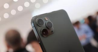 iPhone 14 Max Pro может получить версию попроще, но большой дисплей оставили