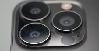 Прототип iPhone 13 Pro Max на видео: «монобровь» меньше, камера больше
