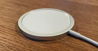 Realme MagDart может стать аналогом Apple MagSafe