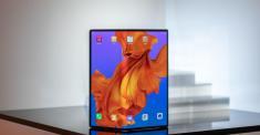 Анонс Huawei Mate X: гибкий экран, 5G и ультрабыстрая зарядка