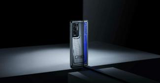 Oppo Reno5 Pro + Artist Limited: первый серийный смартфон-хамелеон