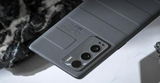Стильный и сильный Realme GT Master Edition на фото и видео