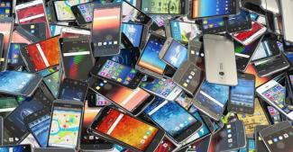 Вторичный рынок подержанных смартфонов вырос и названы самые популярные бренды