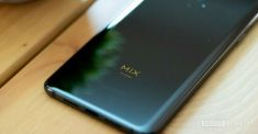 Xiaomi Mi Mix 4 показали на видео. Появились фото защитного стекла