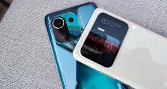 Названы сроки выхода Xiaomi 12 и Samsung Galaxy S22
