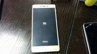 Почему телефон Xiaomi постоянно перезагружается - решение